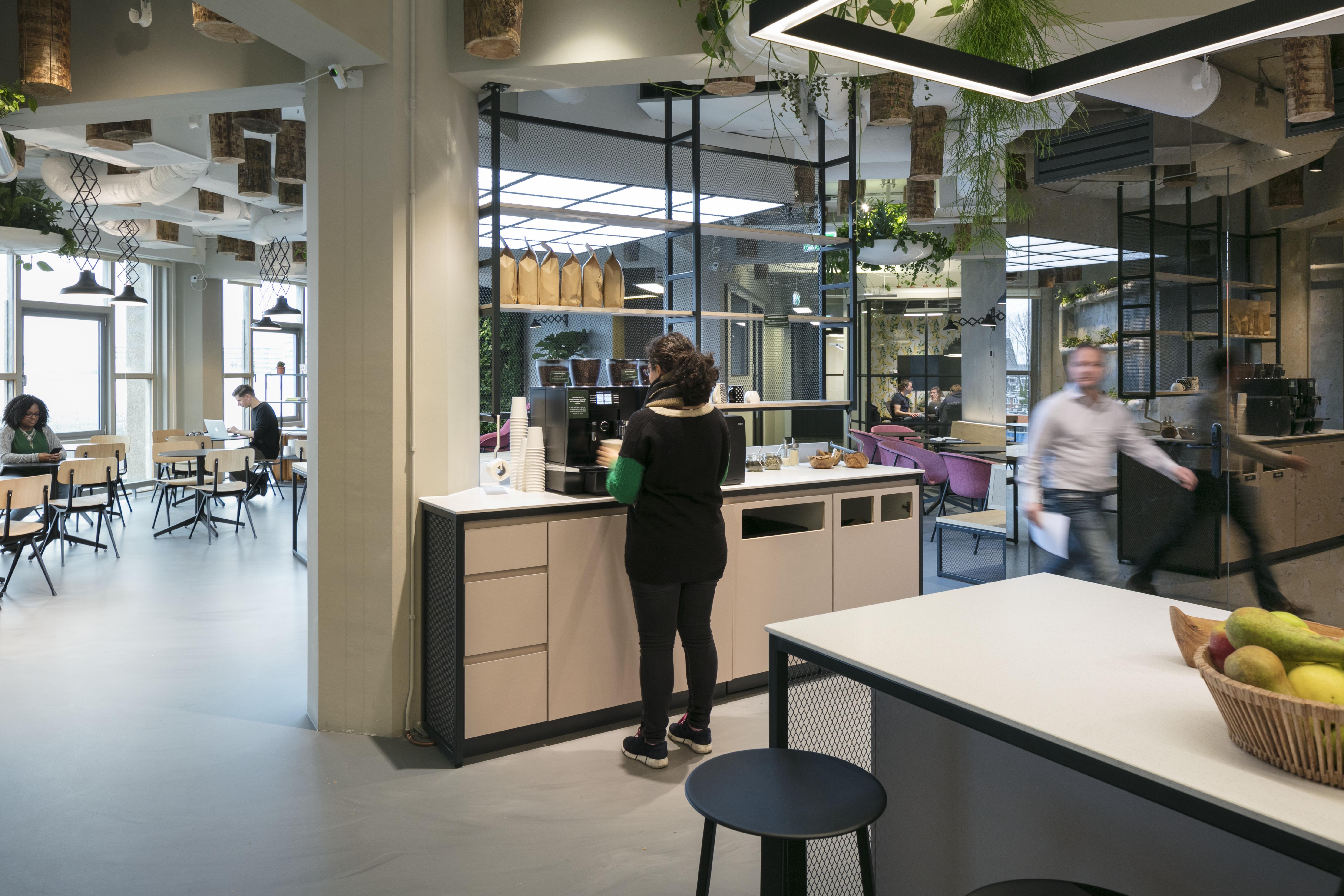 <p>Urban Jungle Groothandelsgebouw, Rotterdam – Kraaijvanger Architects, Green Fortune</p>