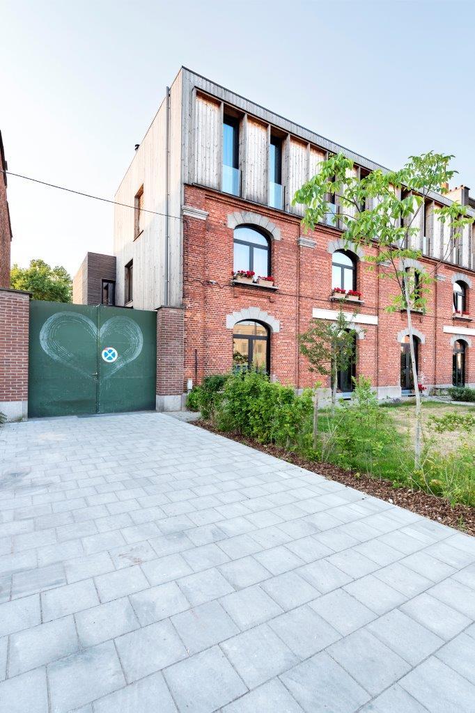 <p>Beeld Jessy van der Werff Cohousing in voormalige rijkswachtkazerne Deurne &#8211; Polygoon Architectuur, Jouri De Pelecijn</p>