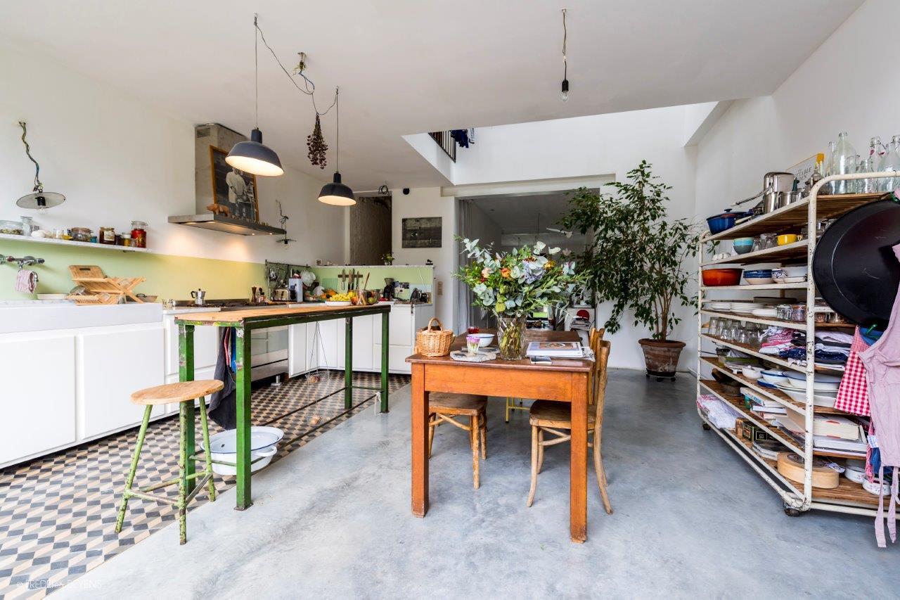 <p>Beeld frederikbeyens Cohousing in voormalige rijkswachtkazerne Deurne &#8211; Polygoon Architectuur, Jouri De Pelecijn</p>