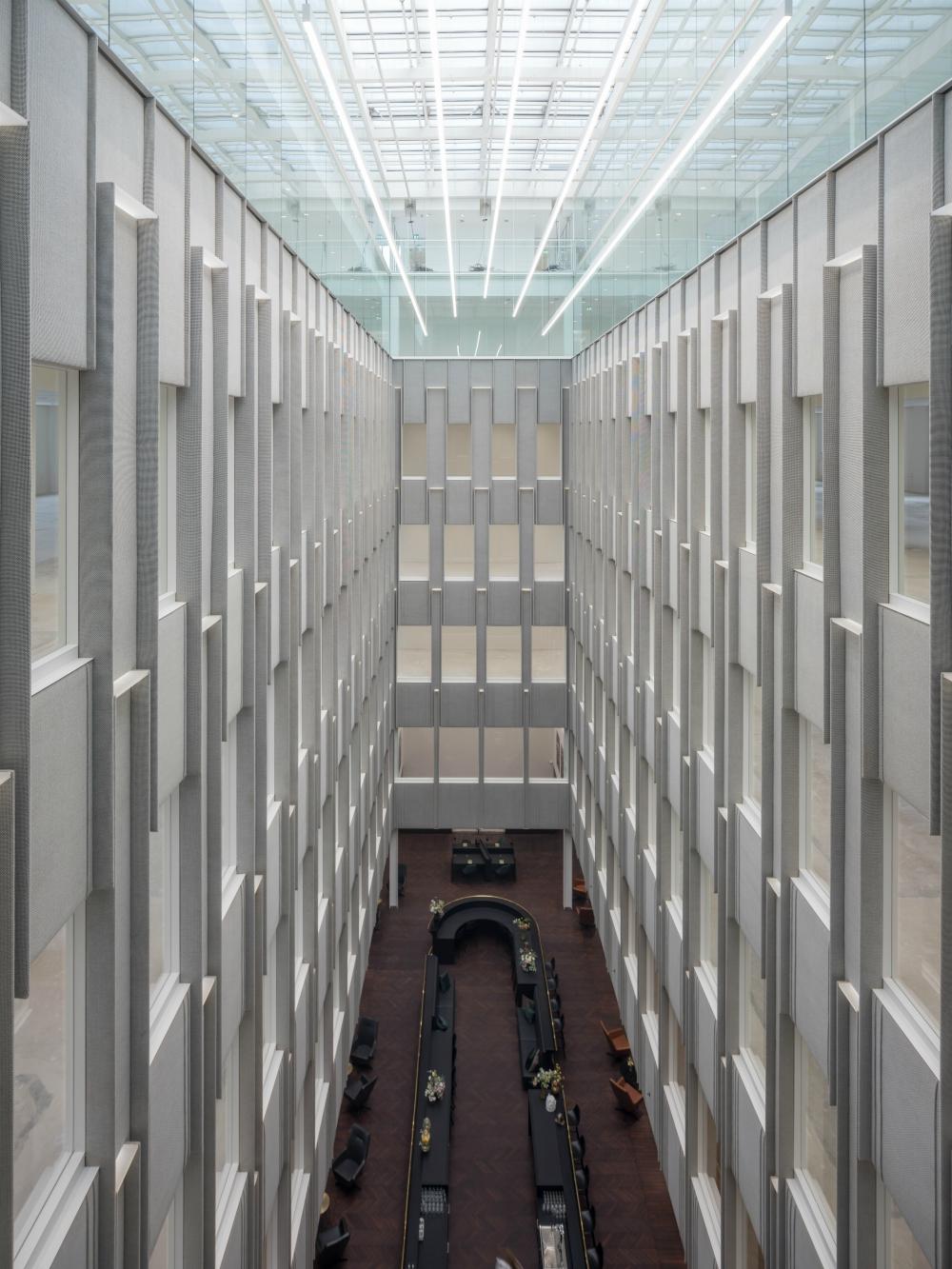 <p>Blaak House in Rotterdam door V8 Architects</p>