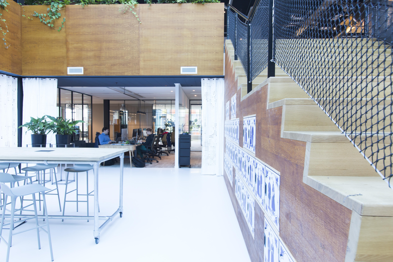 <p>Kantoor Macaw in Hoofddorp door D/Dock, beeld Karen Steenwinkel</p>