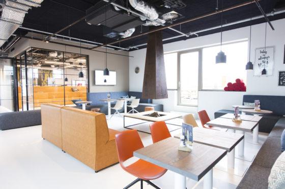 Kantoor Macaw in Hoofddorp door D/Dock, beeld Karen Steenwinkel
