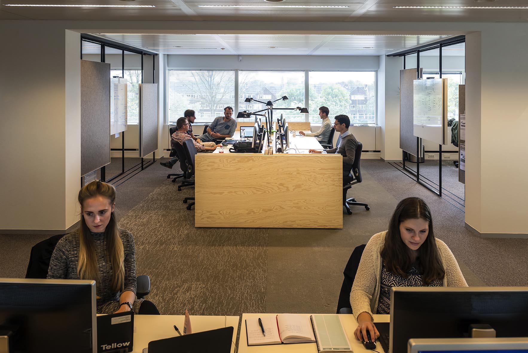 <p>Workbenches_Fotografie Christiaan de Bruijne</p>