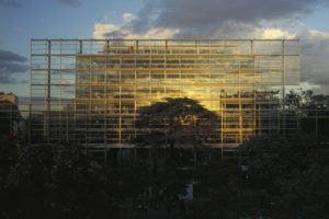 Wie is de Franse architect Jean Nouvel?