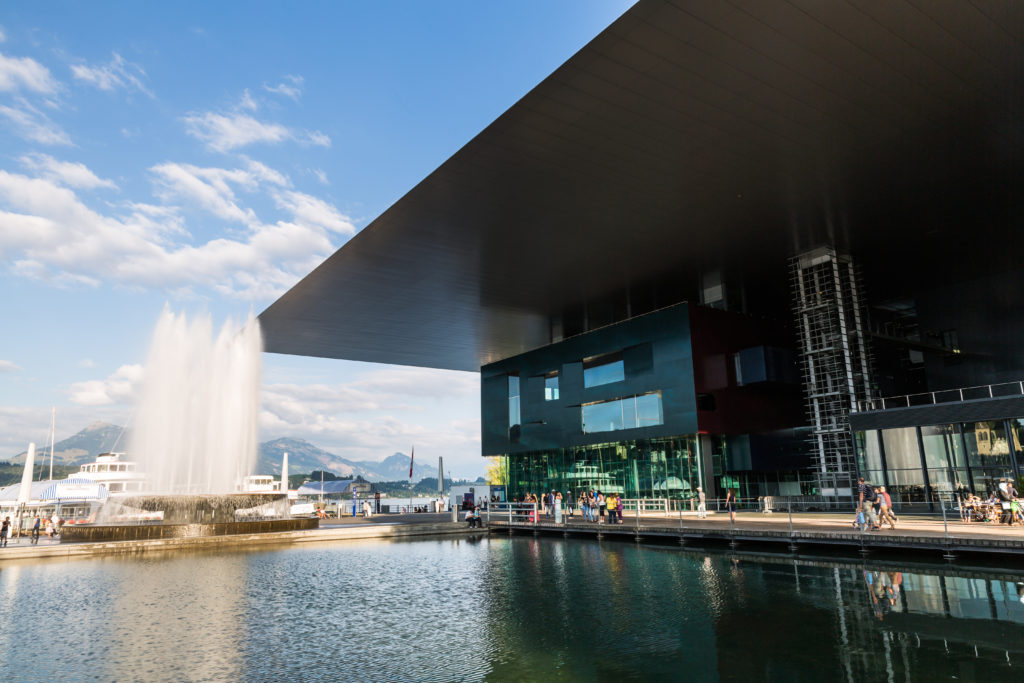 Lucerne Culture and Congress Centre (KKL) door Ateliers Jean Nouvel
