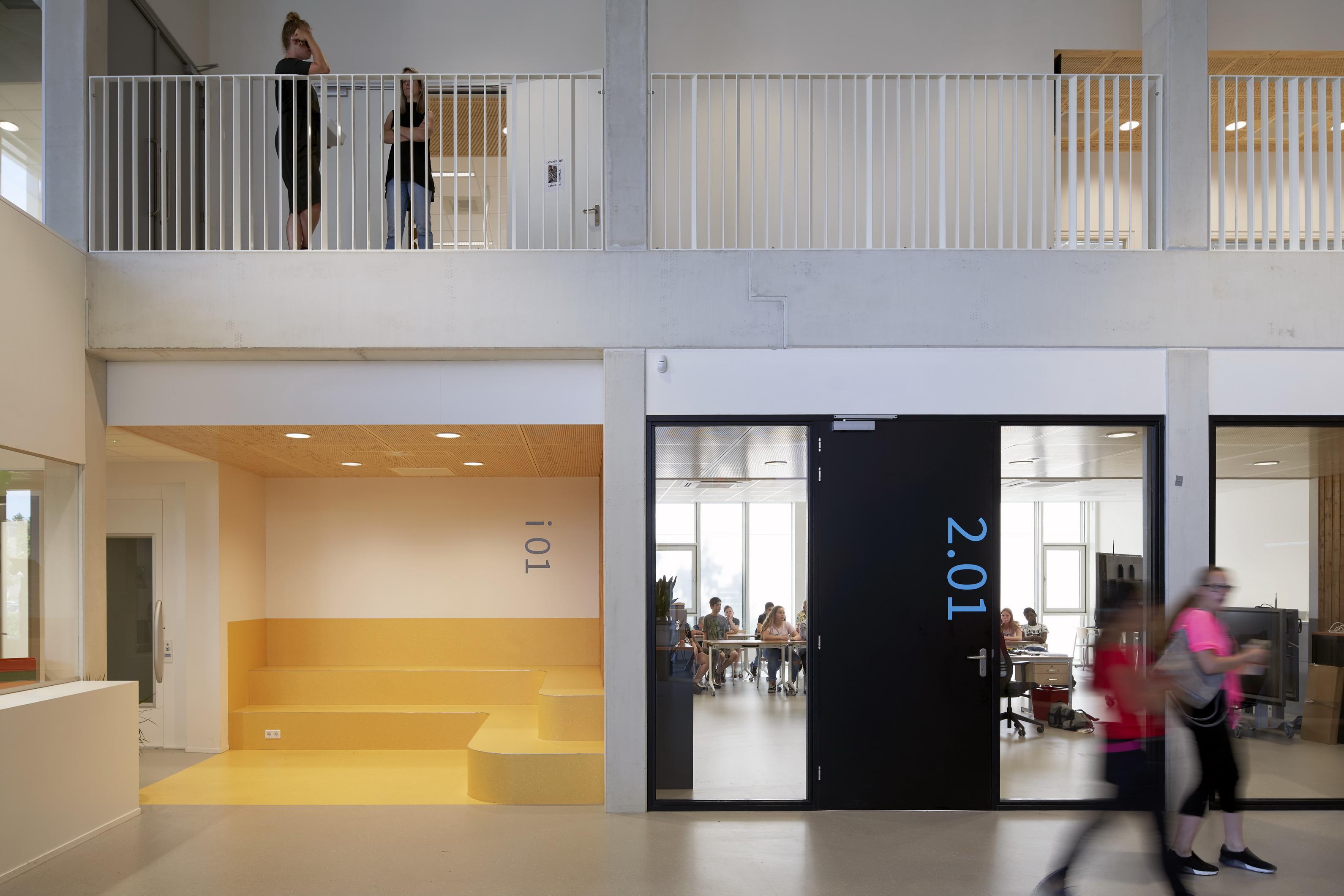 <p>Nuenenscollege, Nuenen &#8211; RoosRos Architecten</p>