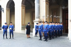 Zwitserse garde krijgt nieuw kazerne