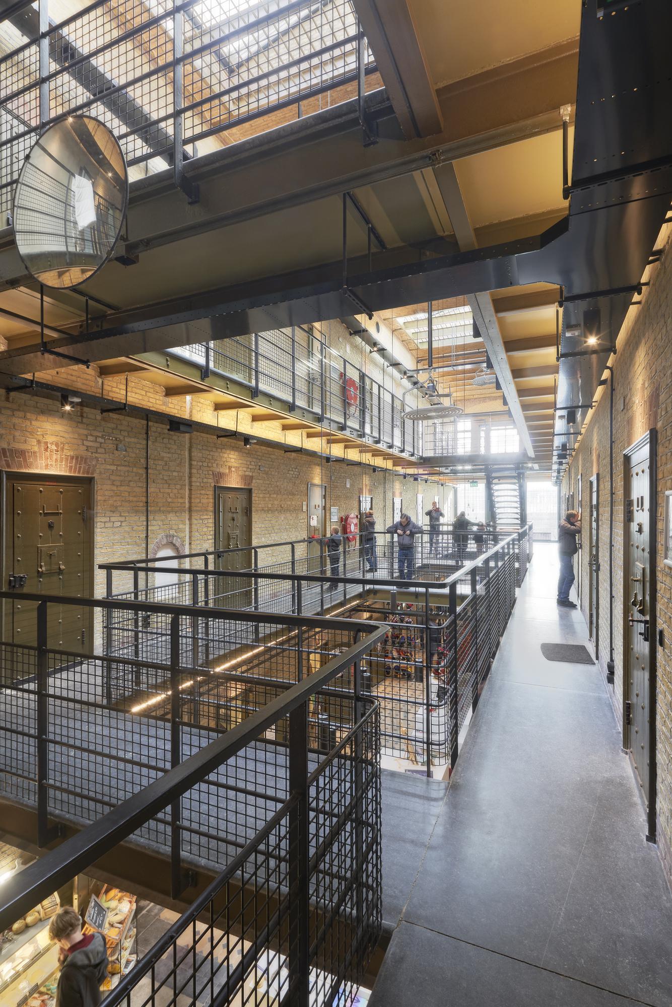 <p>De Blokhuispoort, hostel, foto: Gerard van Beek</p>