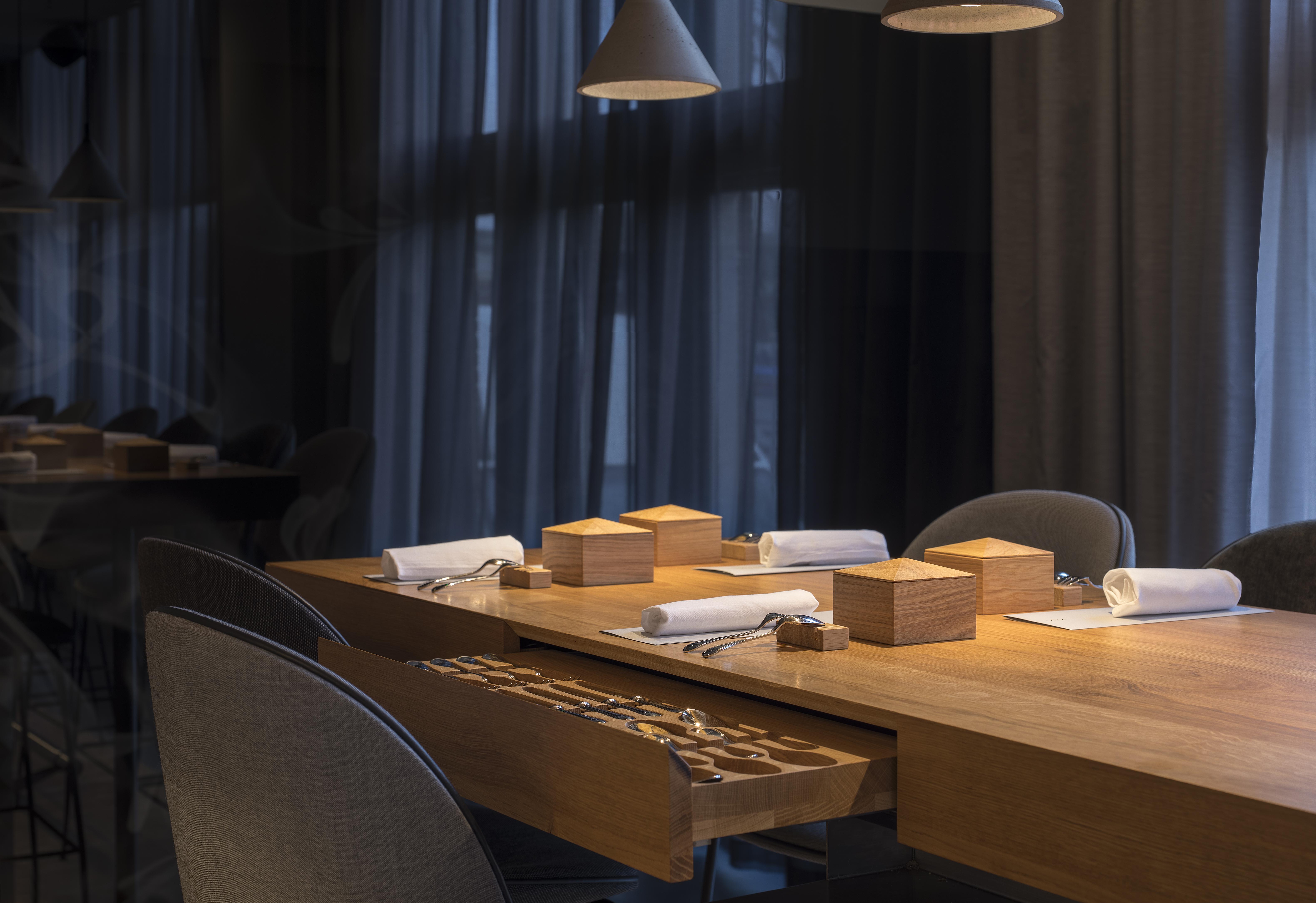 <p>restaurant 212 – concrete – wouter van der sar</p>