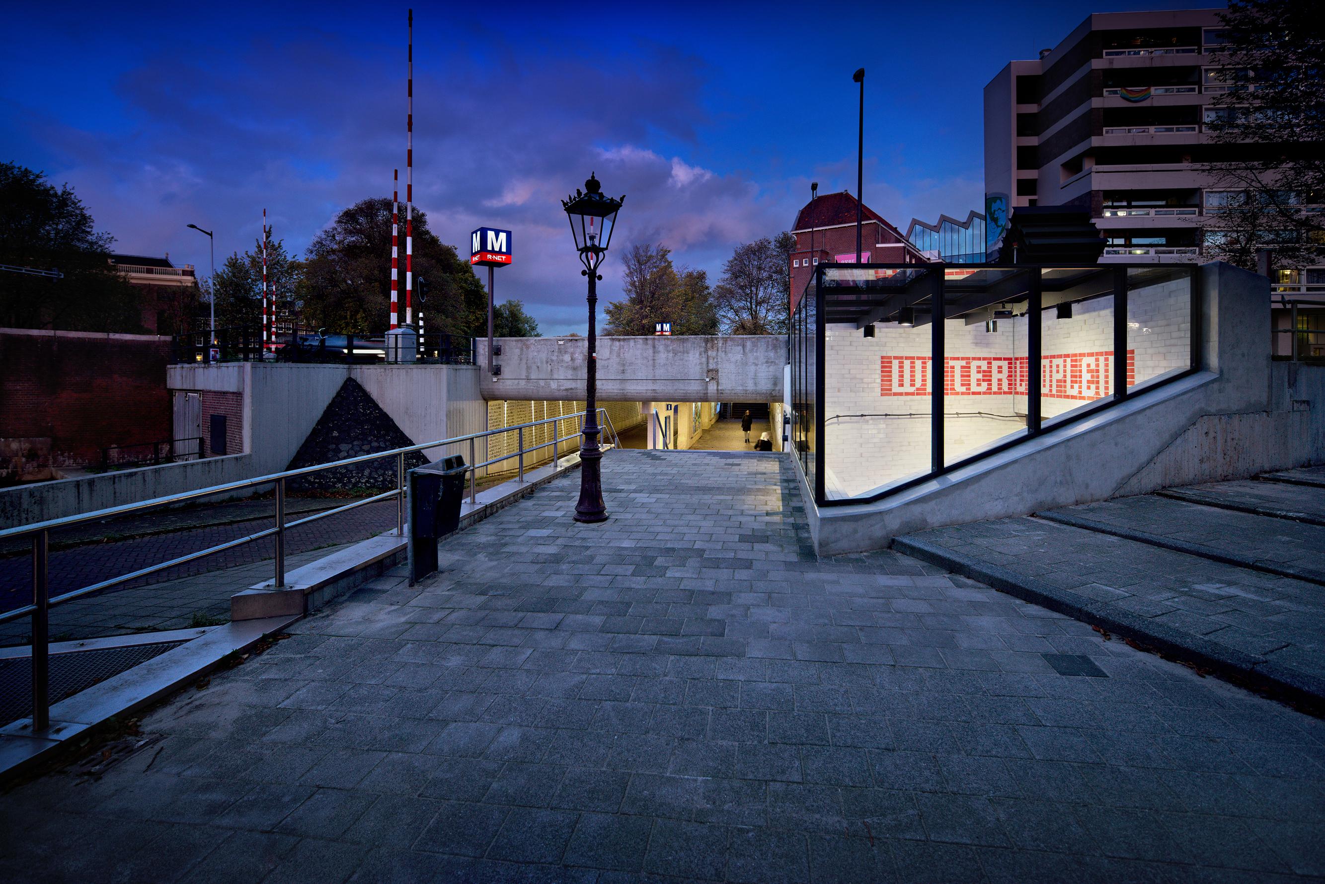 <p>Station Waterlooplein fotograaf: Digidaan </p>