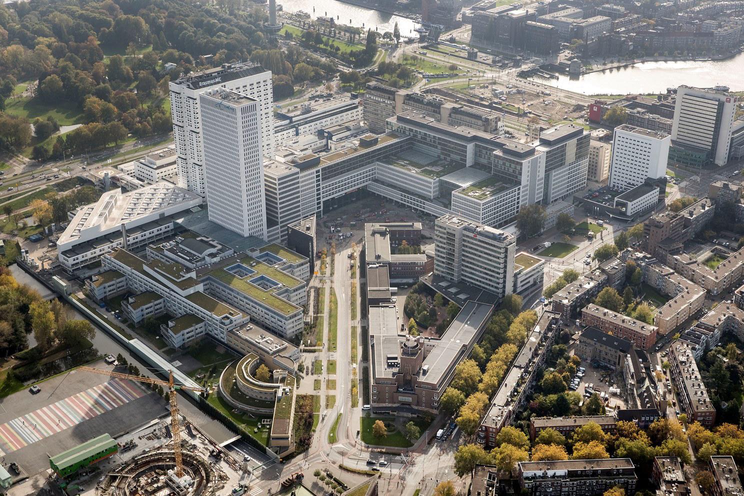 <p>Erasmus Medisch centrum Rotterdam door EGM Architecten. Beeld Levien Willemse </p>