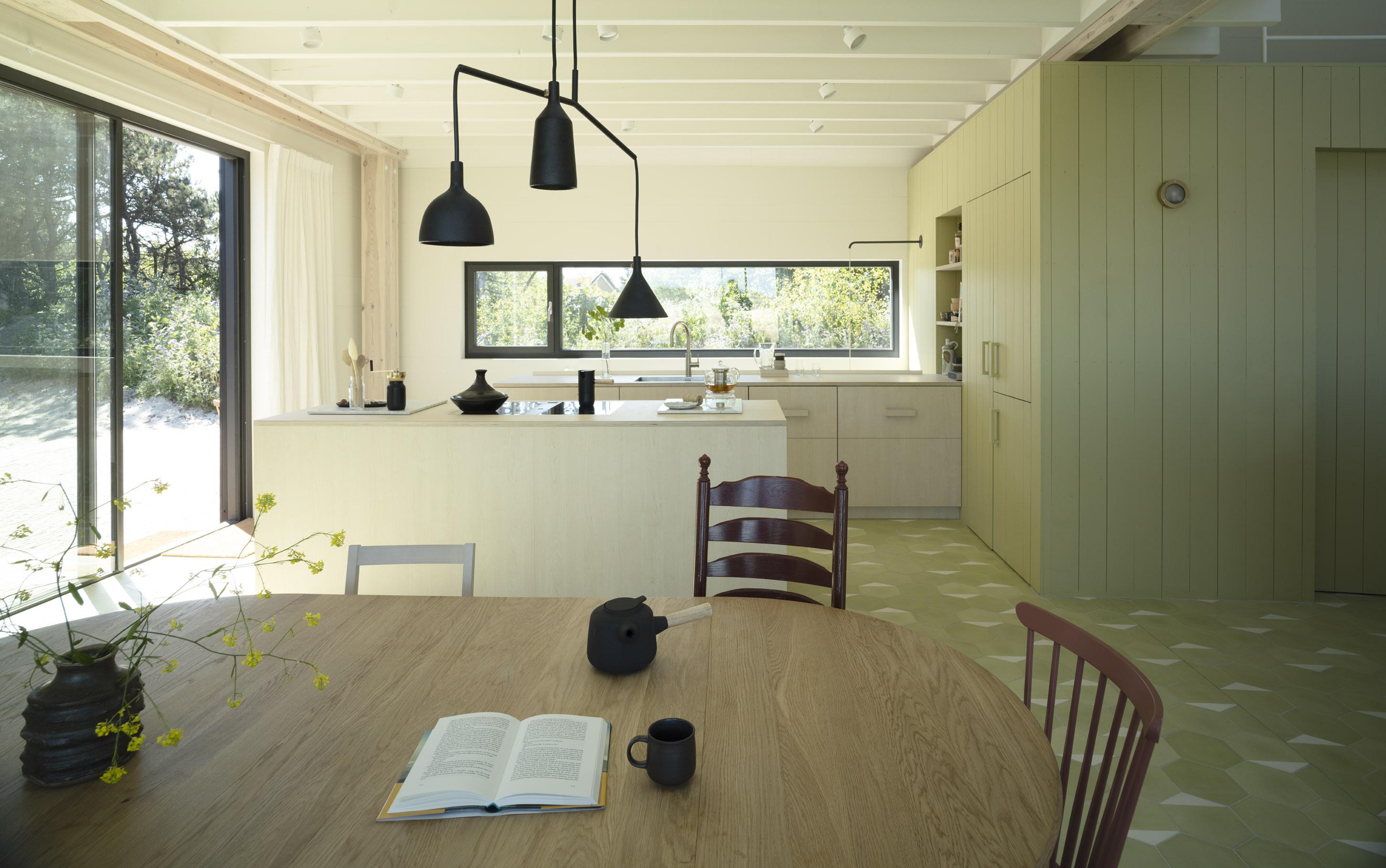 <p>Duinhuis Ameland &#8211; INAMATT &#8211; keuken &#8211; foto: Arjan Benning</p>