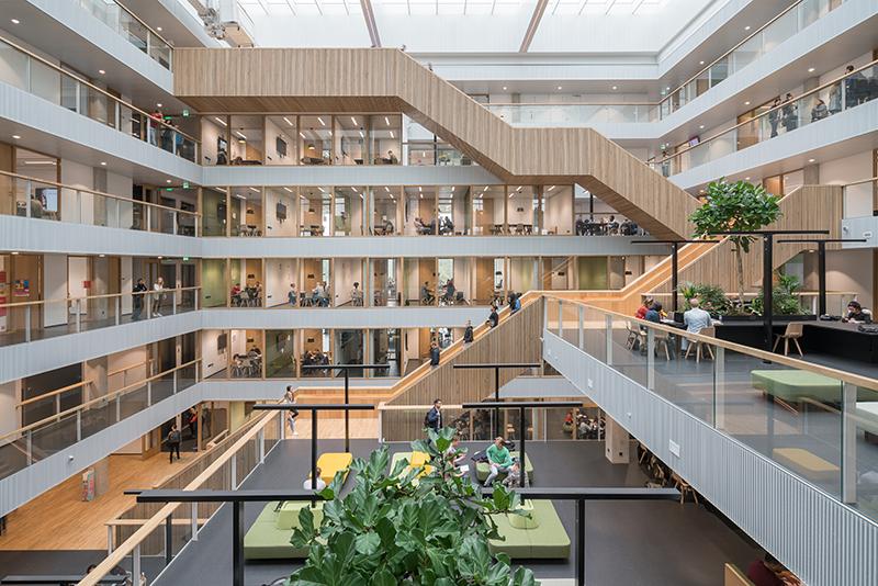 ARC18: Hogeschool Rotterdam Business School – Paul de Ruiter Architects