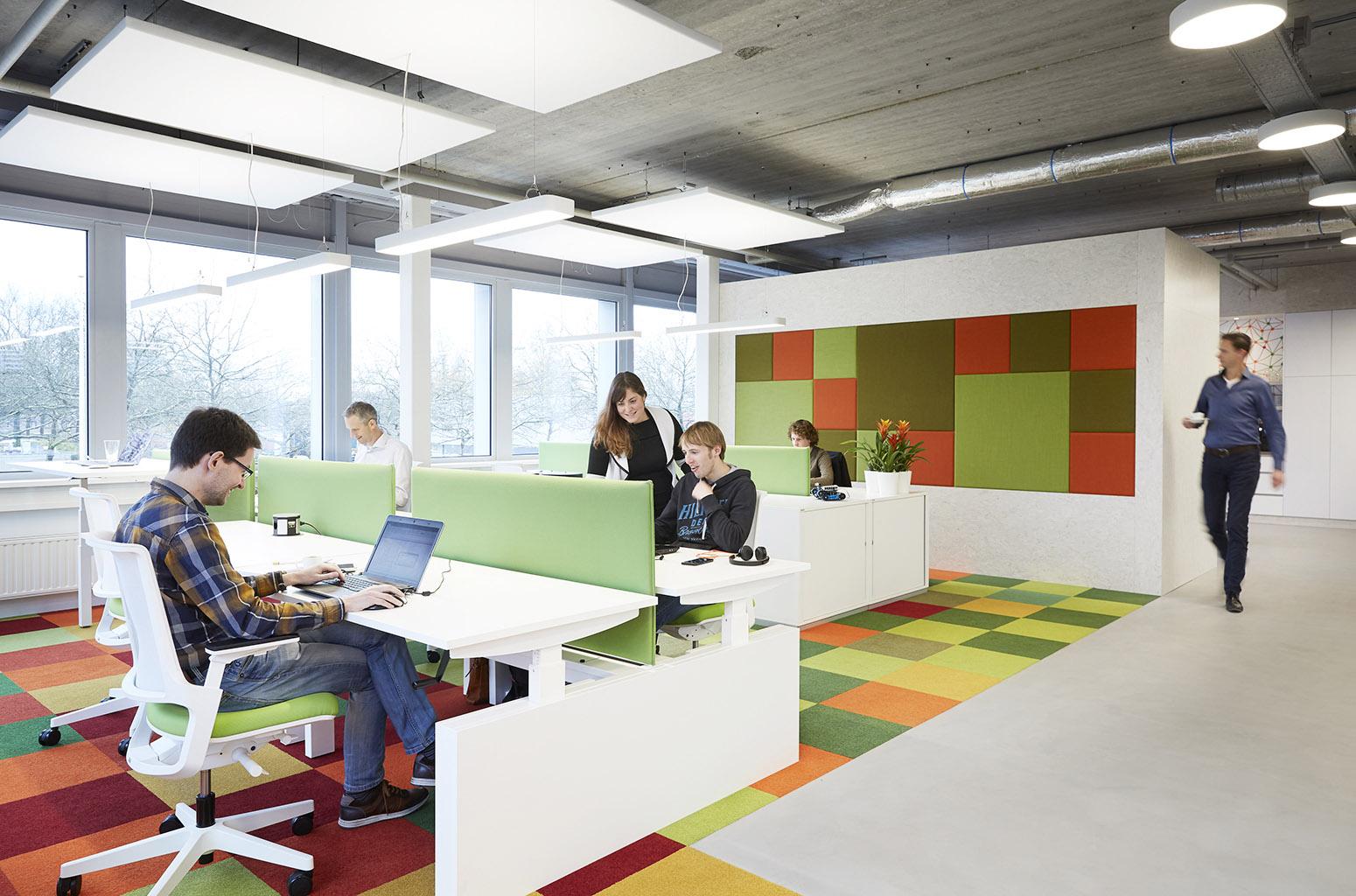 <p>Open werkplekken voor projecten. Foto: Minneboo fotografie</p>