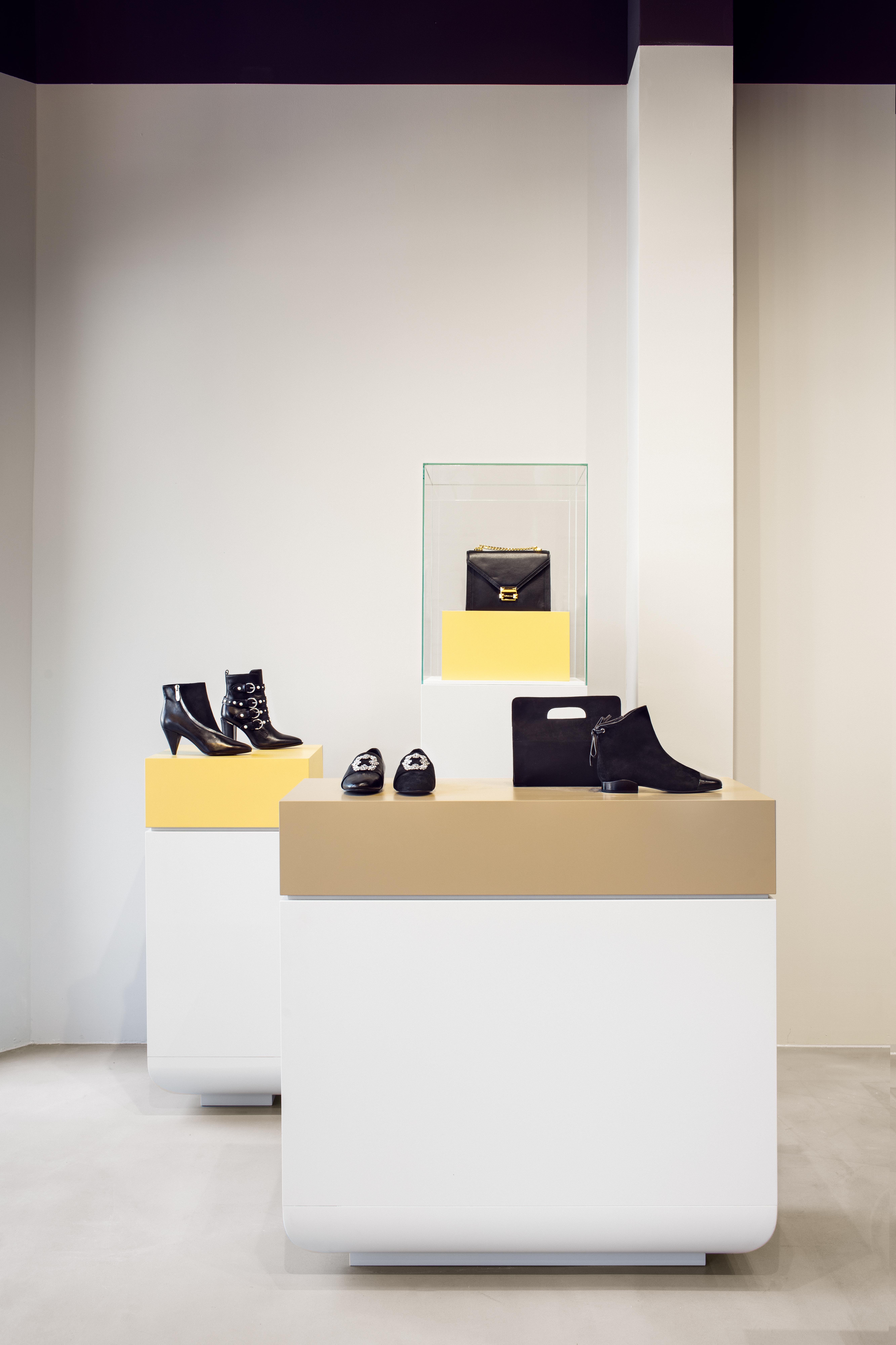 <p>Schoenen tentoonstelling</p>