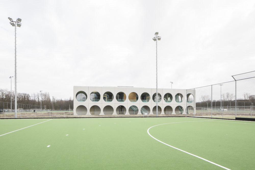ARC18: Clubgebouw Wilrijkse Plein Antwerpen – Met zicht op Zee