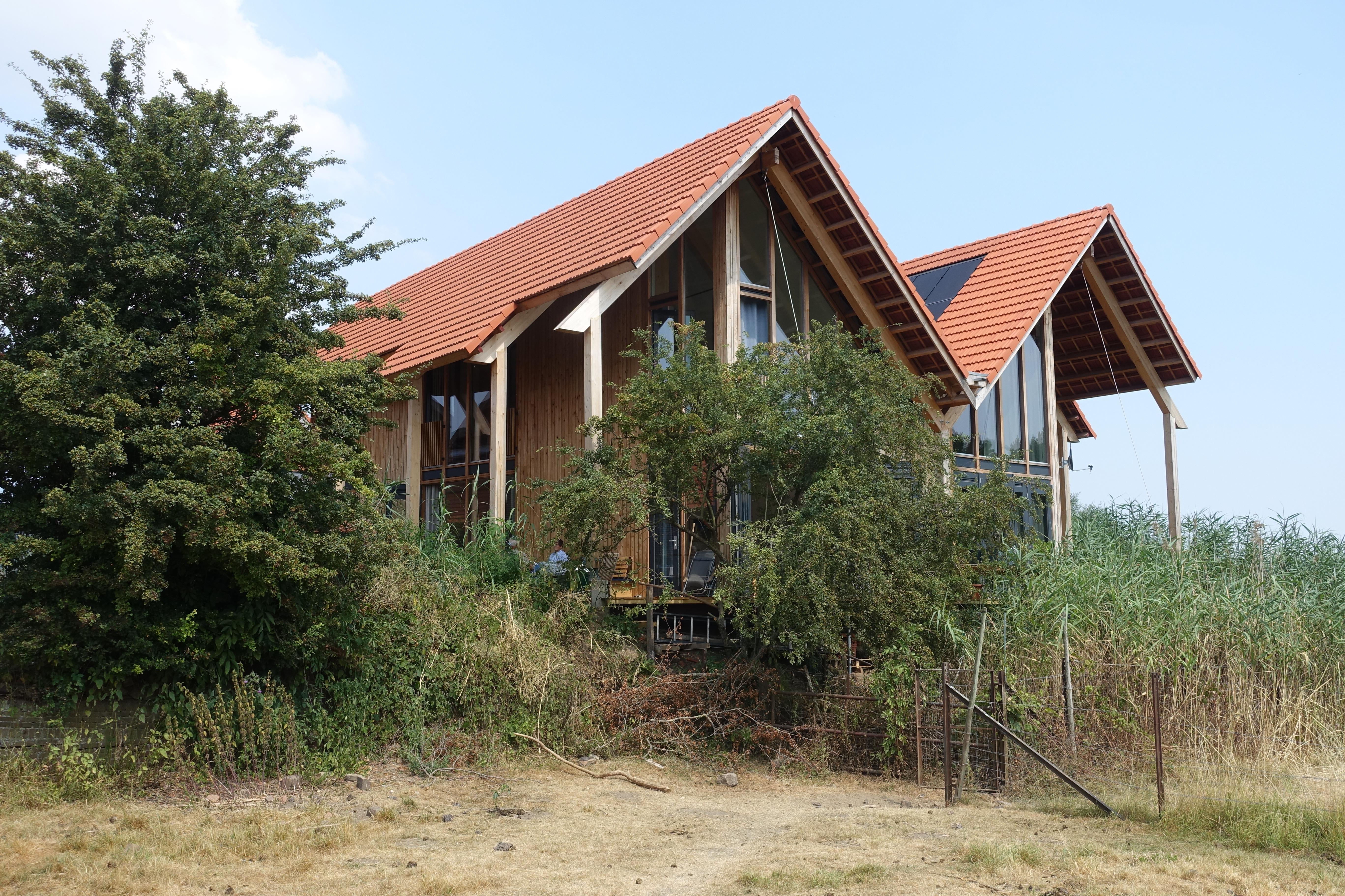 <p>twee woningen de bunswaard, foto Gerard Rijnsdorp</p>