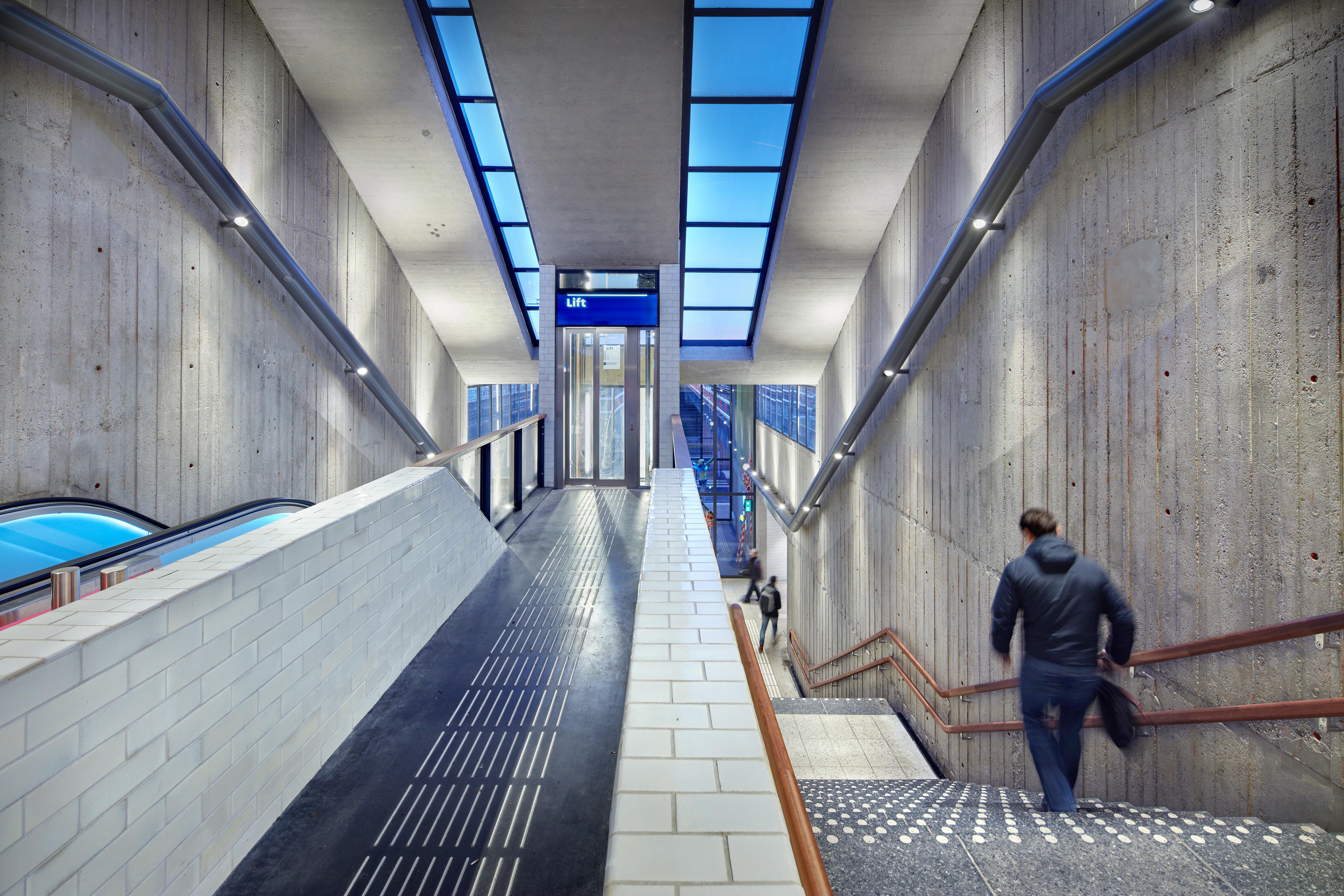<p>Group A; Metrostation van der Madeweg, Amsterdam</p>