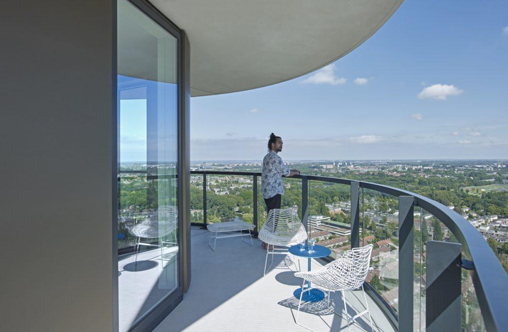 Wonen voor stedelingen – Amstel Tower Amsterdam door Powerhouse Company