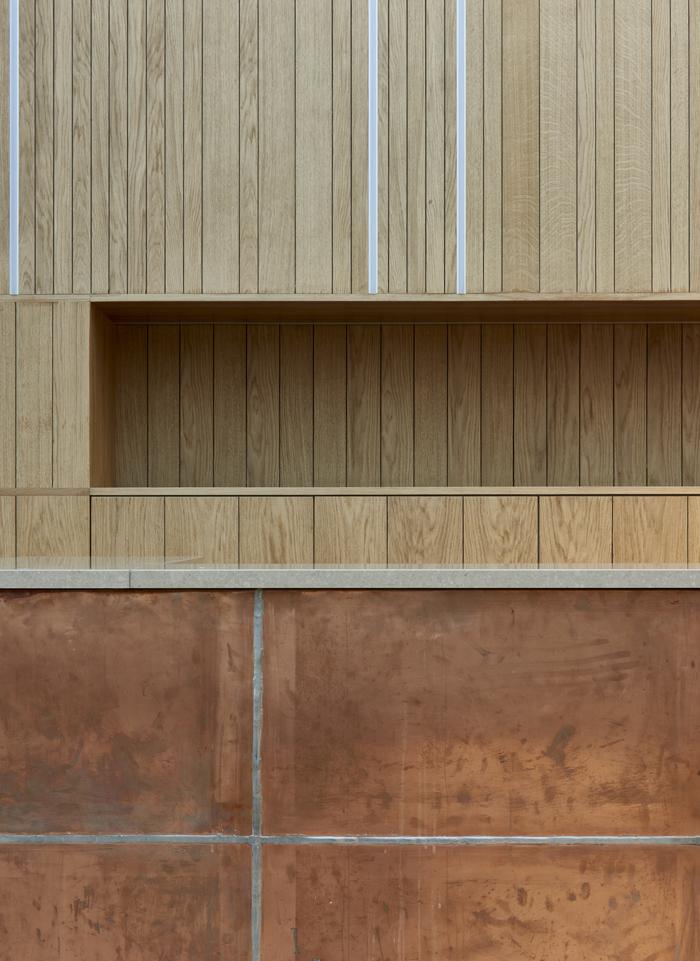 <p>Interieur Studenten vereniging Phoenix in Delft. Ontworpen door Bendien Wierenga Architecten.</p>