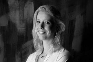 Anja Dirks herkozen als voorzitter van het ECIA