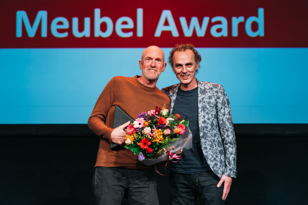 Pauzelandschap door man&paard wint ARC18 Meubel Award