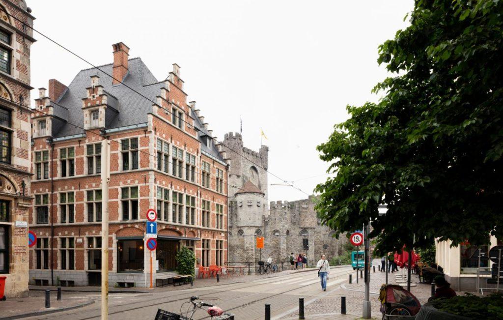 Gent Gravensteen. Oproep Vlaams Bouwmeester Opera Gent