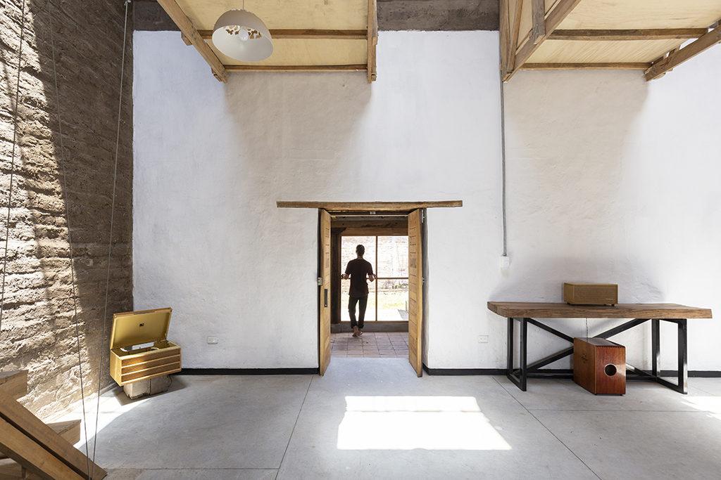 Casa de las Camas en el Aire in Ecuador door Al Borde, beeld JAG Studio