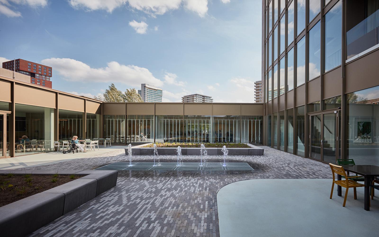 <p>Zorghotel Domstate, Utrecht &#8211; DiederenDirrix en Van Eijk &#038; Van der Lubbe. beeld Jeroen van der Wielen</p>
