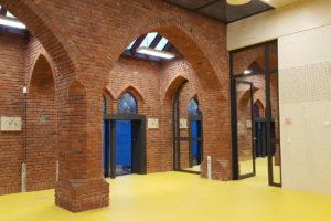 Samenwijsaccommodatie in monumentale kerk Esbeek – luijten|smeulders|architecten