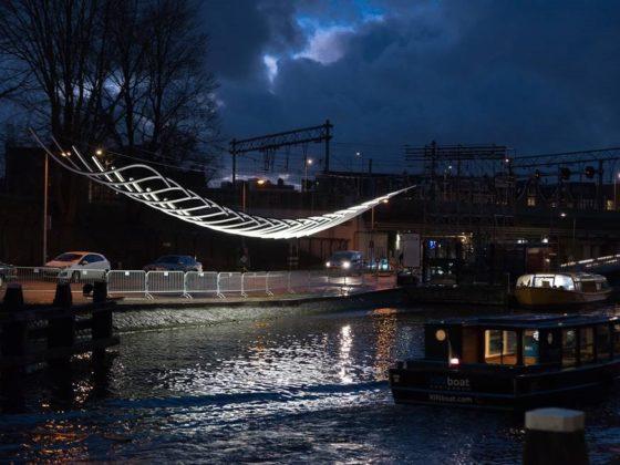 Video: Serge Schoemaker over lichtinstallatie 'Transmission' voor Amsterdam Light Festival 2018