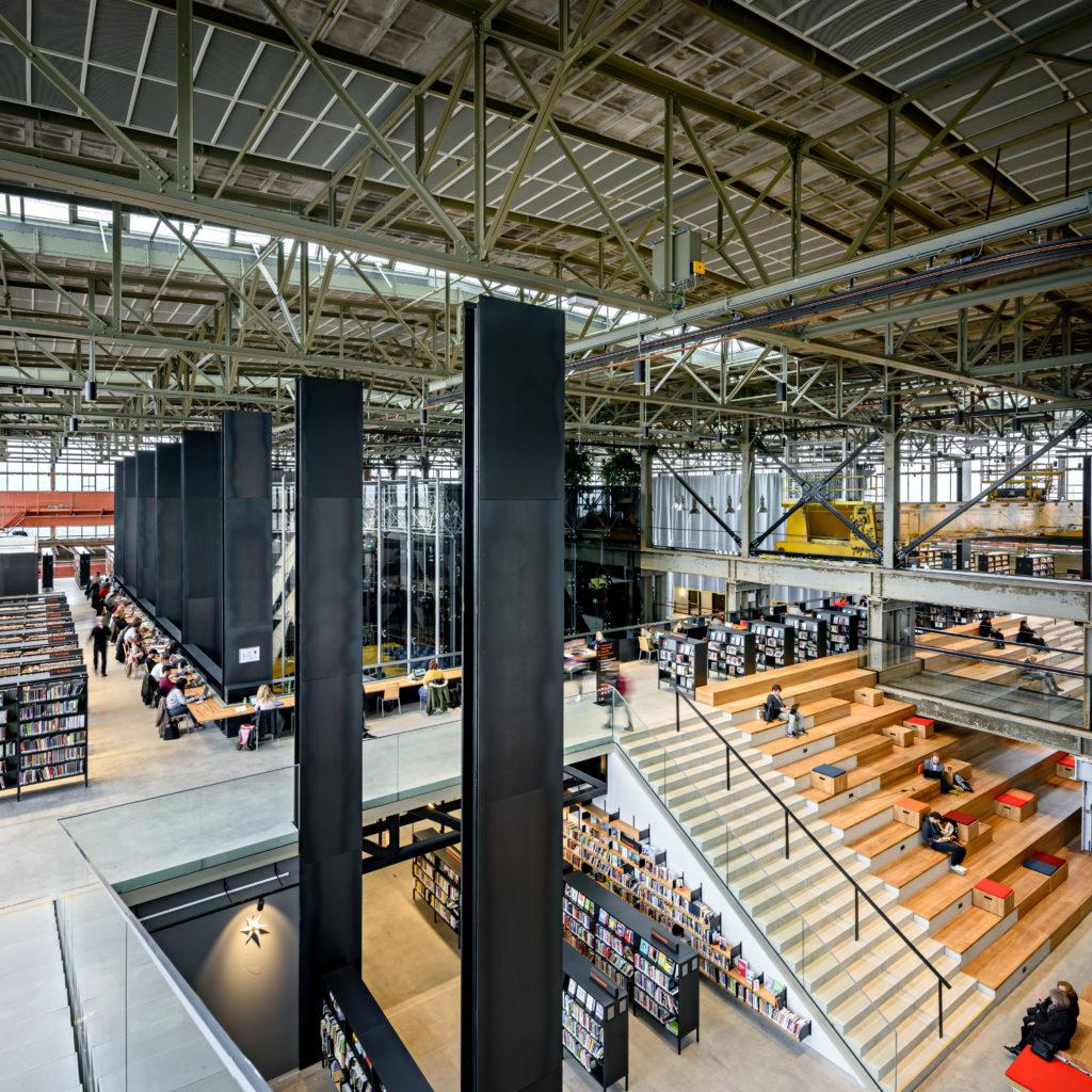 LocHal Tilburg door Civic, Braaksma & Roos, Inside Outside en Mecanoo, beeld Arjen Veldt