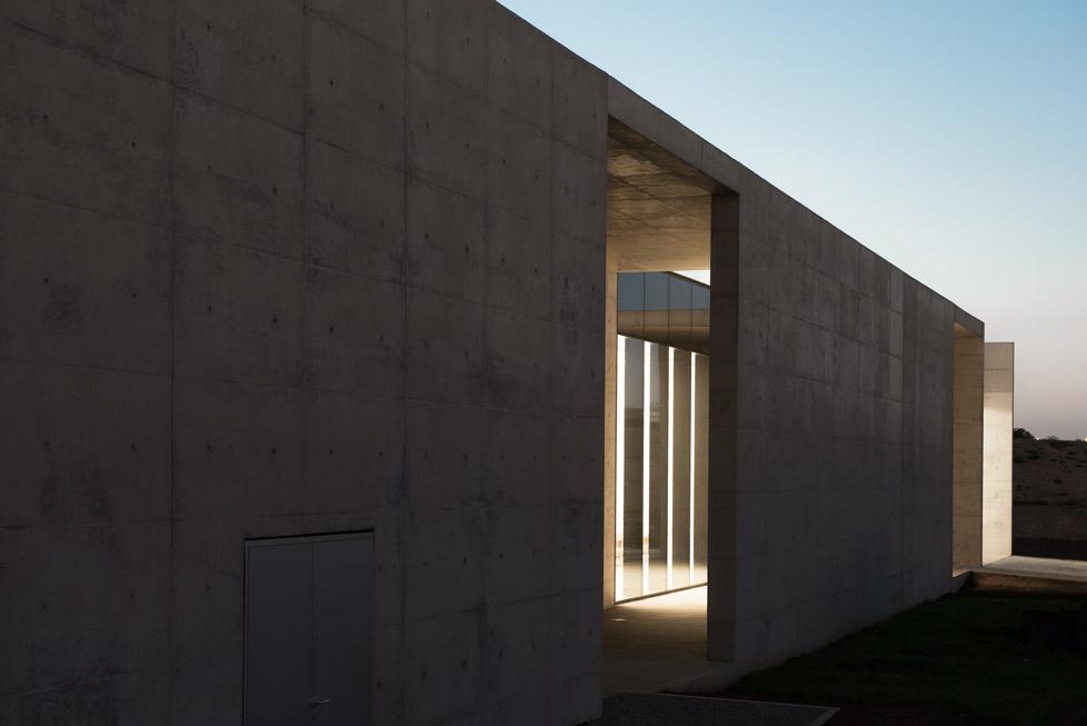 <p>Crematorium Siesegem in Aalst door KAAN Architecten, beeld Sebastian van Damme</p>