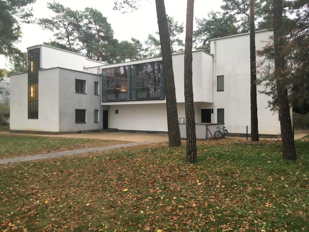 Meisterhaus Muche/Schlemmer in Dessau door Walter Gropius, beeld Marieke Giele
