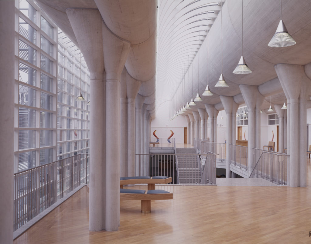 Het Paleis van Justitie in Den Bosch door Charles Vandenhove