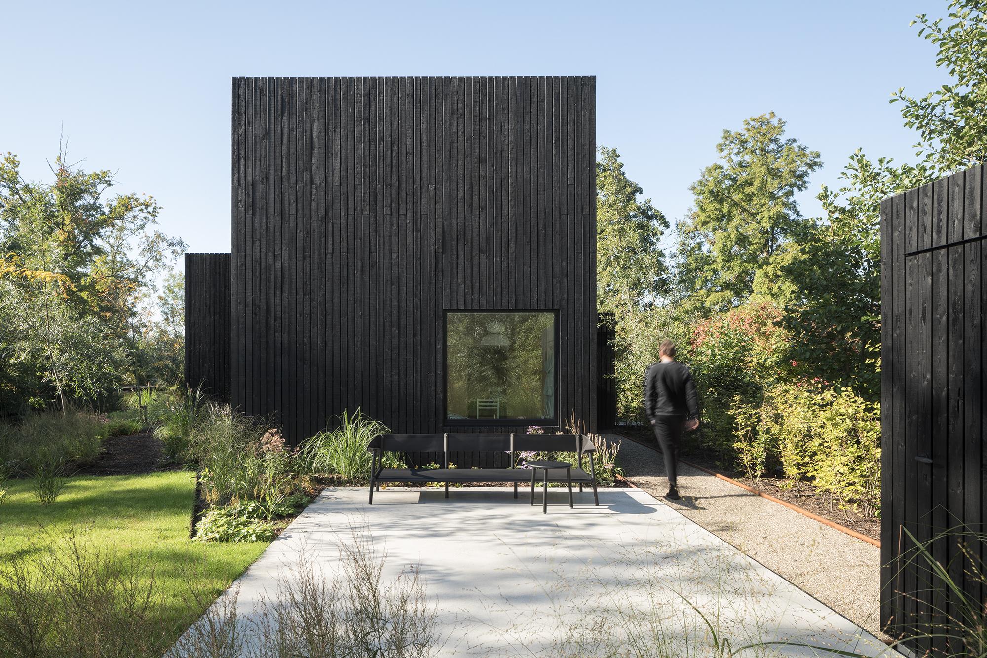 <p>Genomineerd Tiny Holiday Home in Vinkeveen door i29 interior architects en Chris Collaris, beeld Ewout Huibers</p>