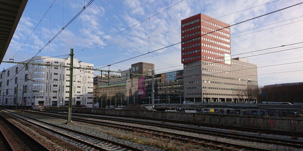 Hoogbouw langs Station HS Den Haag