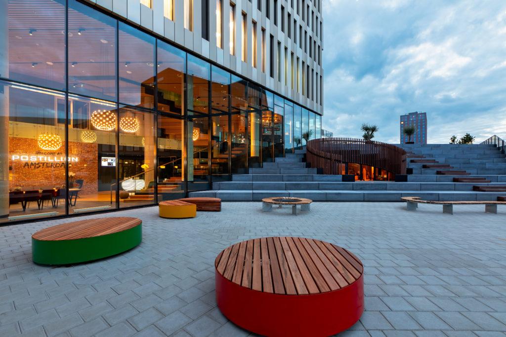 Postillion Hotel Amsterdam door concrete, beeld Isabel Nabuurs voor concrete