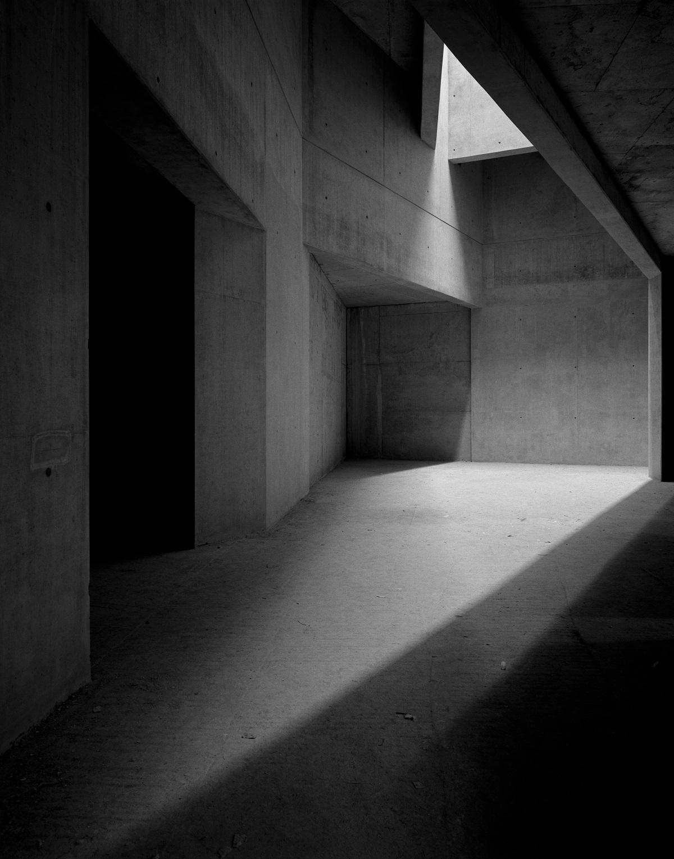<p>Daniel Libeskind, Jewish Museum, Berlijn, Duitsland. Courtesy of Ammann Gallery. Beeld: Hélène Binet</p>