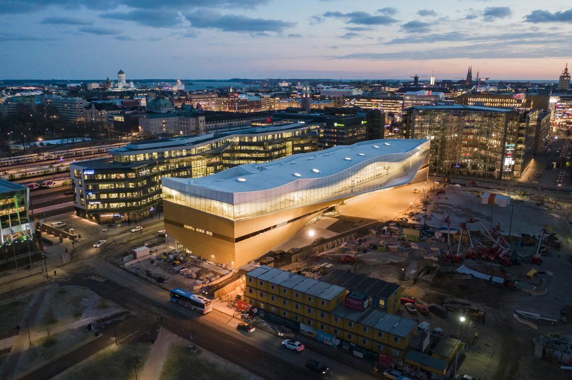 <p>Central Library Oodi. Helsinki door ALA Architects. Beeld Tuomas Uusheimo</p>