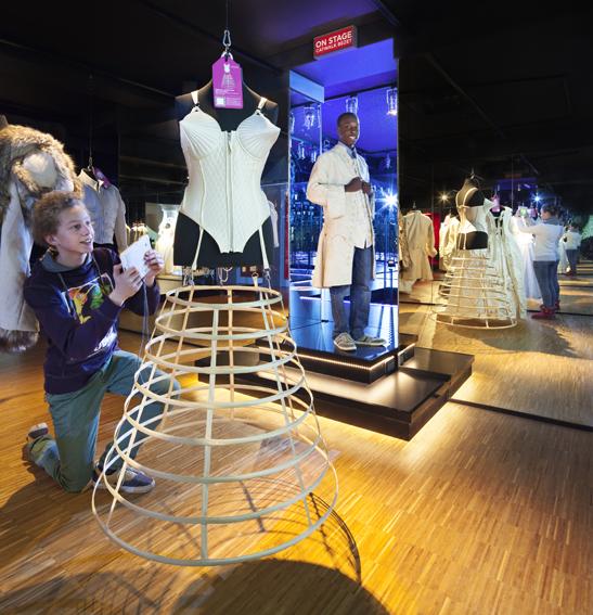 <p>wonderkamers 2.0, Gemeentemuseum Den Haag. Beeld: Thijs Wolzak</p>