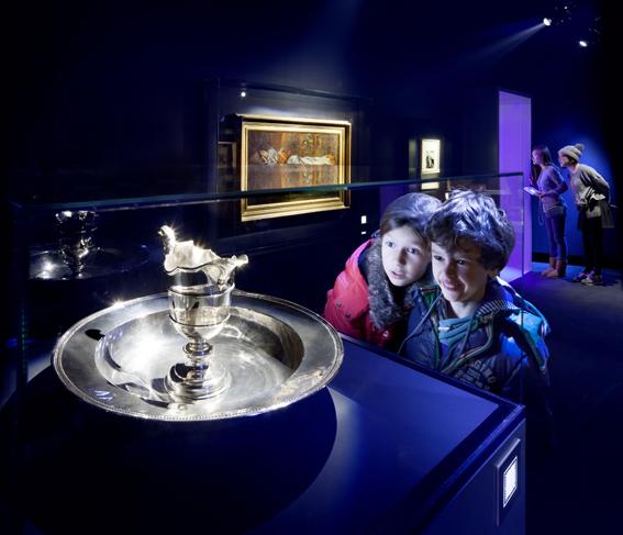 <p>Kossmann.deJong Wonderkamers Gem Museum Den Haag. Beeld: Thijs Wolzak</p>
