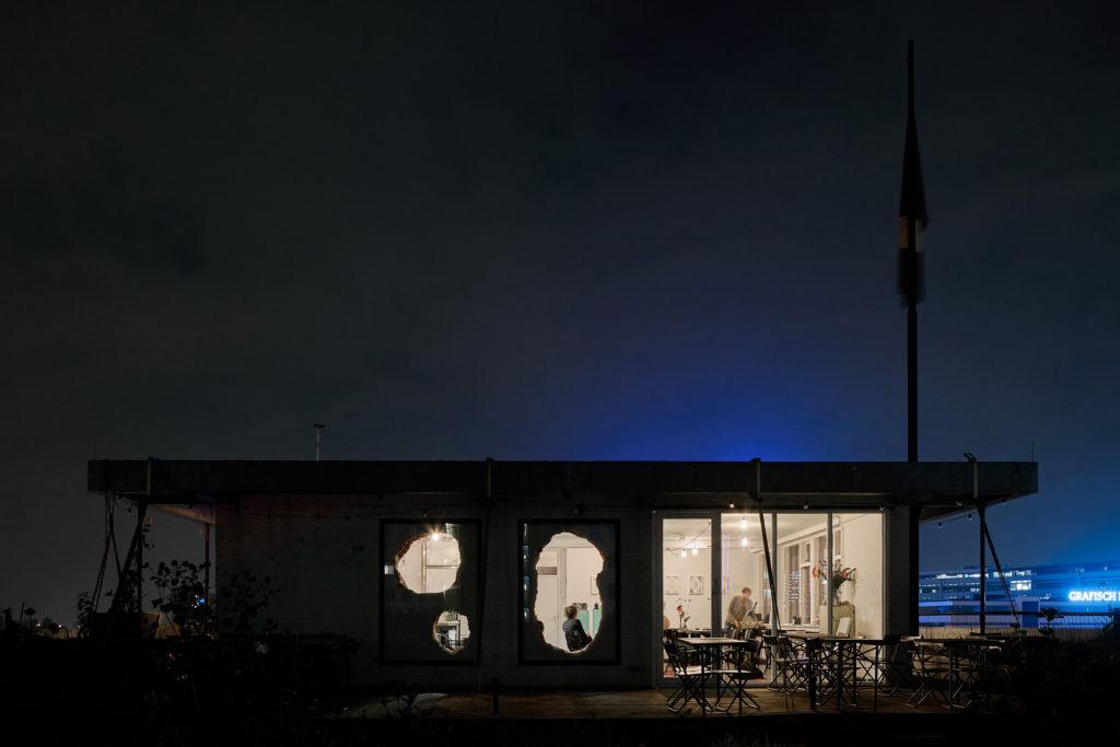 Restaurant Op Het Dak in Rotterdam door Tomas Dirrix, Alessandra Covini, beeld EH (Kyoungtae Kim)