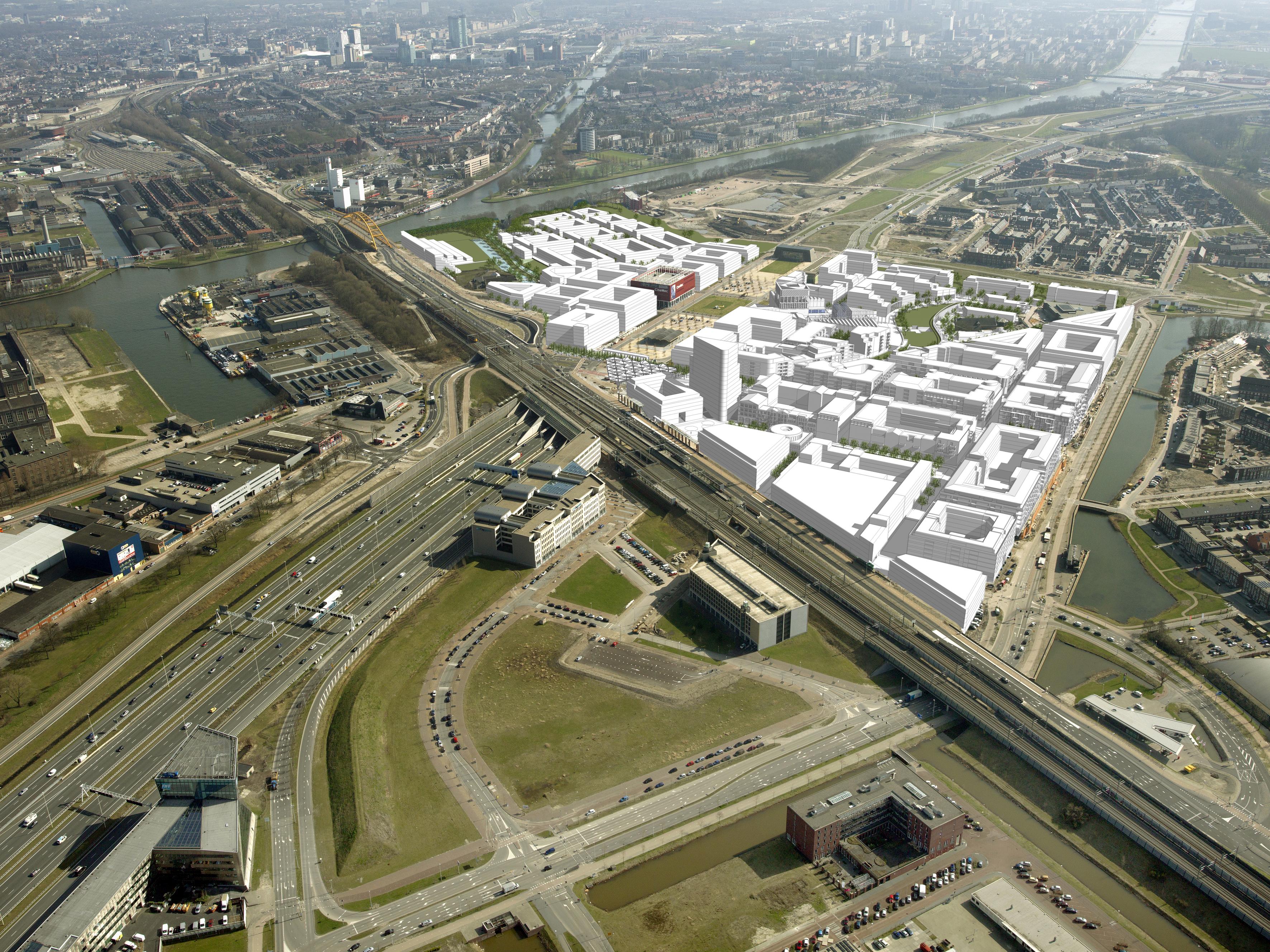 <p>Op deze maquette is goed de ligging van Leidsche Rijn Centrum op de A2 te zien. Het gebied wordt begrensd door de spoorlijn van Utrecht naar Gouda (voorgrond), het Amsterdam-Rijnkanaal (links) en de Grauwaartsingel (rechts).</p>