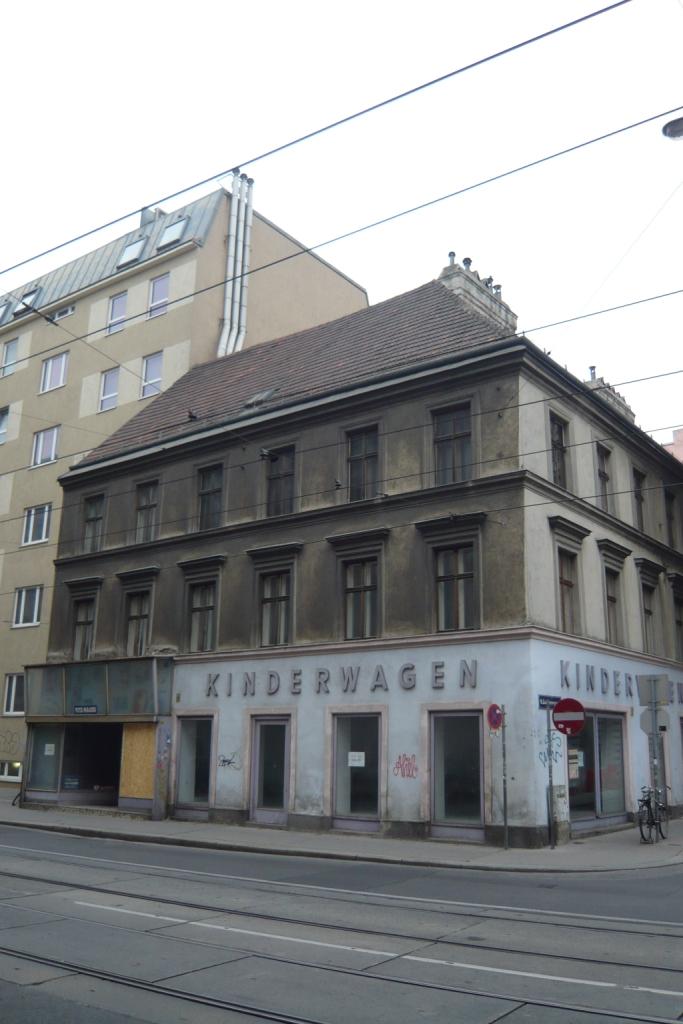 <p>VinziRast-mittendrin in Wenen door gaupenraub+/-</p>