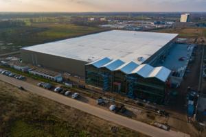 Prefab plat dak biedt zekerheid in hallenbouw