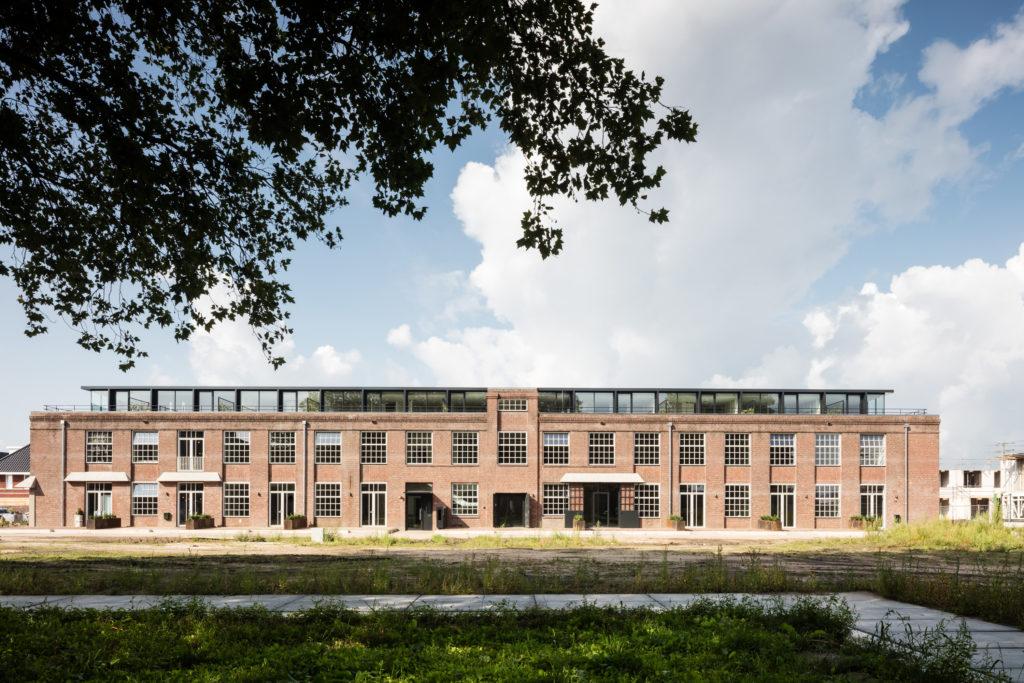 Herbestemming Lakfabriek Oisterwijk door Wenink Holtkamp