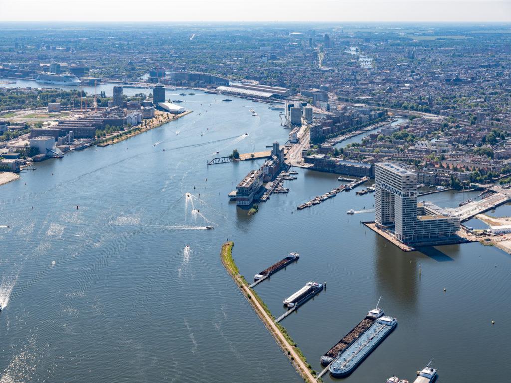 Pontsteiger in Amsterdam door arons en gelauff architecten, beeld Ossip van Duivenbode