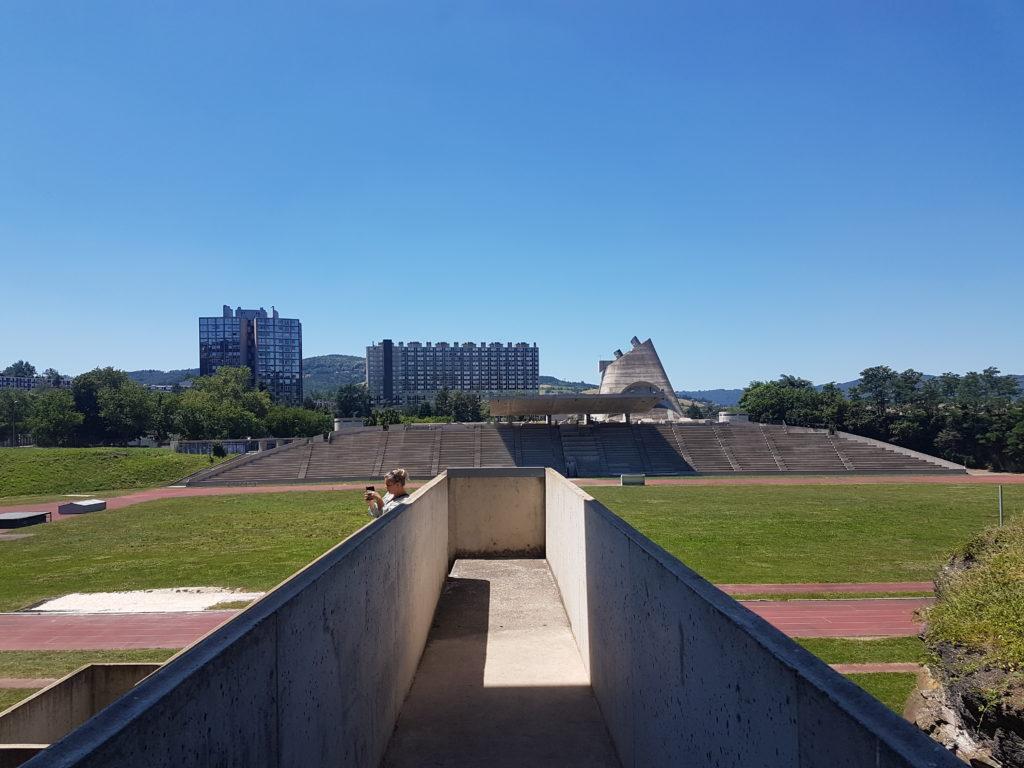 Stadion in Firminy door Le Corbusier, beeld Misak Terzibasiyan