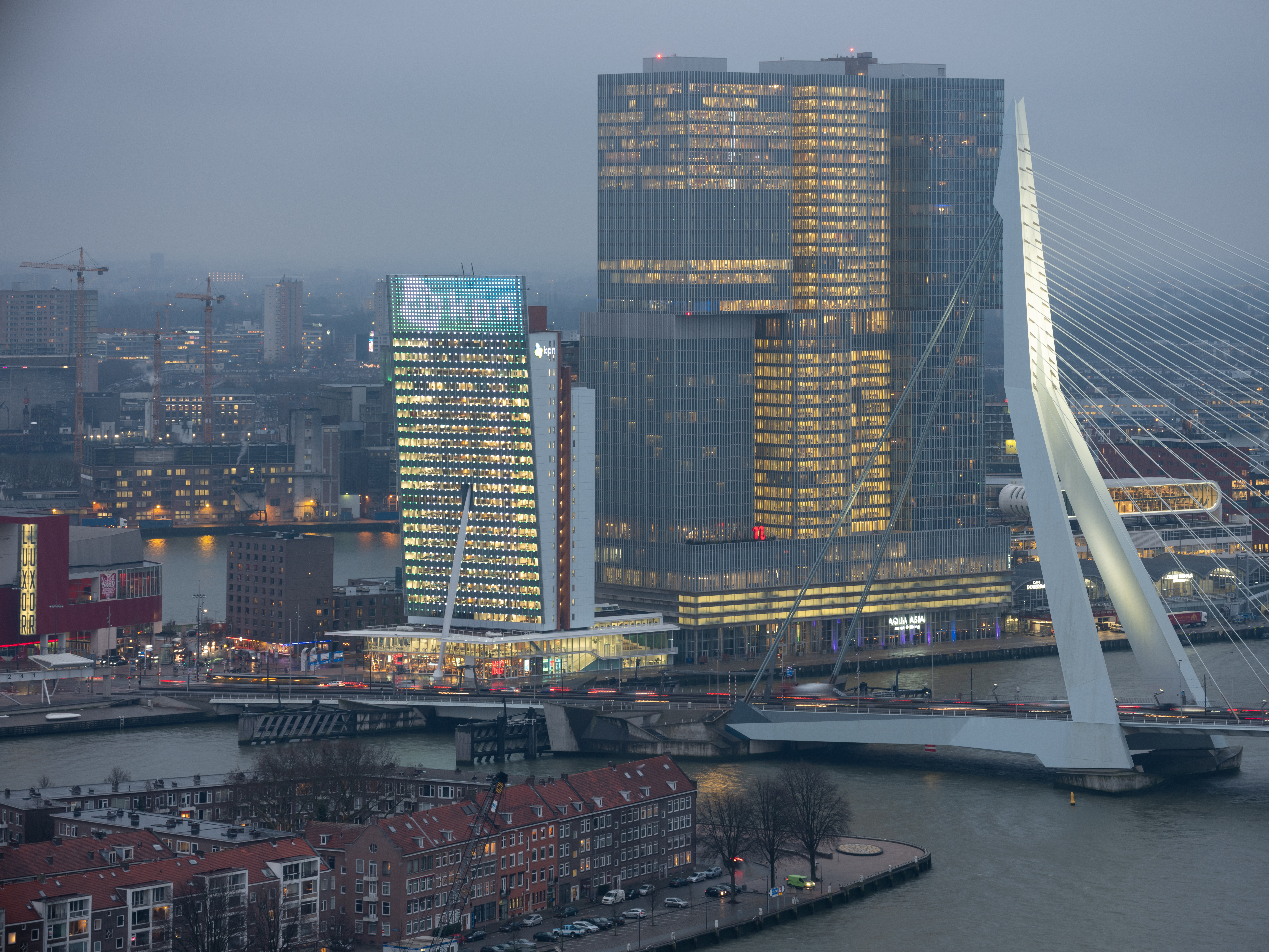 <p>KPN toren &#8211; V8 Architects. beeld Ossip van Duivenbode</p>